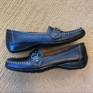 Naturalizer Black Loafers - Size 7